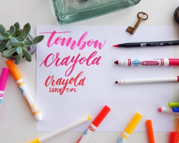 Crayola Super Tips là một dòng bút viết Calligraphy giá rẻ
