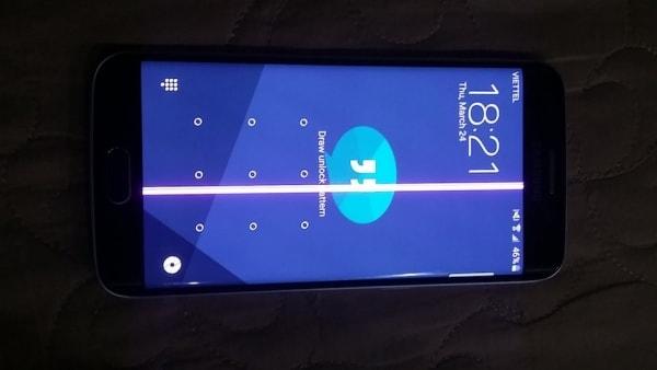 Điện thoại bị sọc màn hình