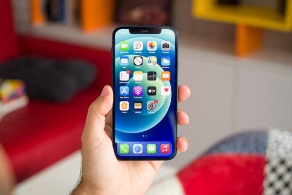Bạn nên sử dụng iPhone 12 ở nơi thoáng mát