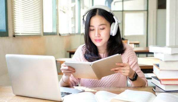 Nhạc không lời đôi khi cũng là cách giúp tập trung khi học bài hiệu quả