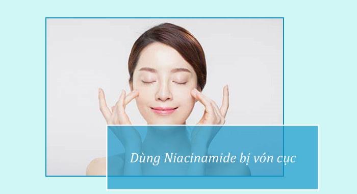 Dùng Niacinamide bị vón cục và nổi bọt